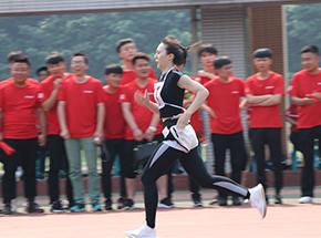 第三届运动会-1000米长跑-女子如风